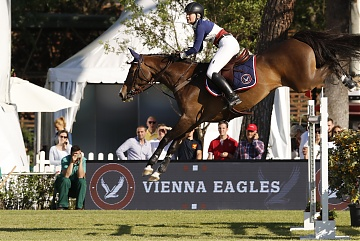 GCL of Madrid - Vienna Eagles - Paris Sellon on Belle