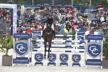 Georgina Bloomberg on Caleno 3