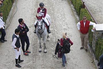 GCL of Valkenswaard - Team Doha Fursan Qatar walking to the arena