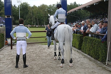 GCL of Valkenswaard - Team Antwerp Diamonds at the ingate