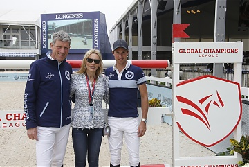 Mrs Nicole Mather ( CEO of House of Sillage) with Team Berlin Eagles' riders Ludger Beerbaum and Christian Kukuk
