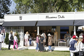 The Massimo Dutti showroom