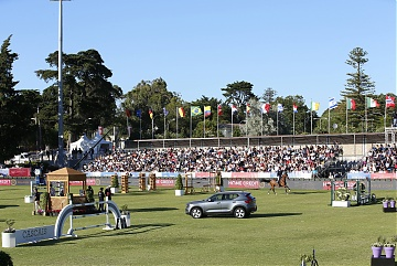 Fully packed grandstand for the Round 2 of GCL Cascais-Estoril