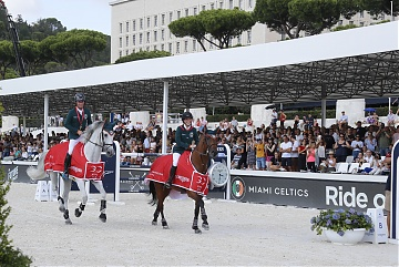 Lap of honour for Jessica Springsteen and Denis Lynch