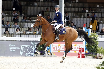 Team Prague Lions - Niels Bruynseels (BEL)  on Delux van T & L