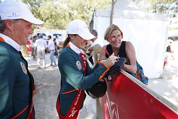 Jessica Springsteen (USA) and Shane Breen (IRL) signing autographs